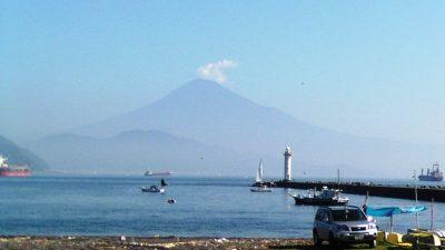 美保から見た富士山