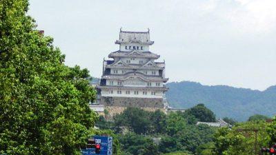 姫路城(姫路駅から)